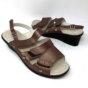 Propet 10W Womens Metallic Slingback Wedge Sandal